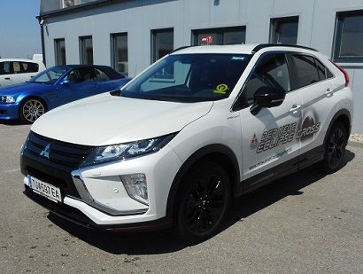 Mitsubishi Eclipse Cross 2,2 DI-D AT 4WD Intense+ BlackLine